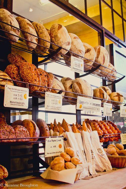 LePain_breadrack